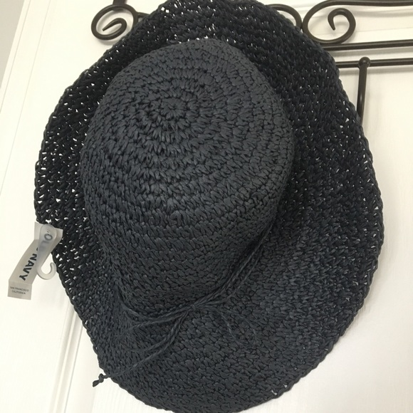 Old navy straw hat. NWT 5a1f32470ecb